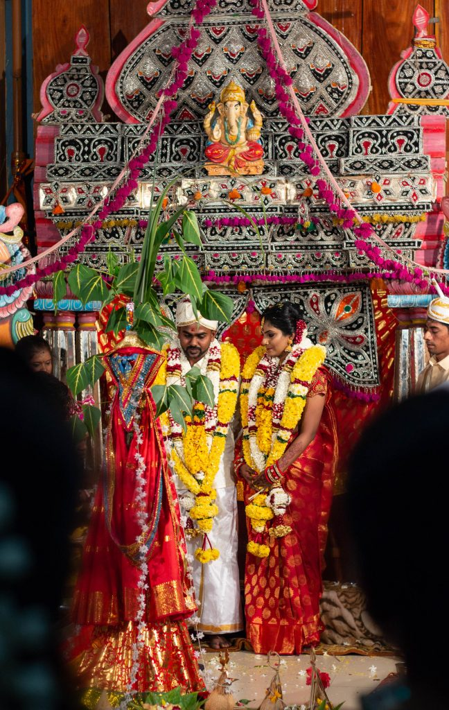 Hindu wedding in the Pathirakali Amman Temple in Trincomalee, Sri Lanka
