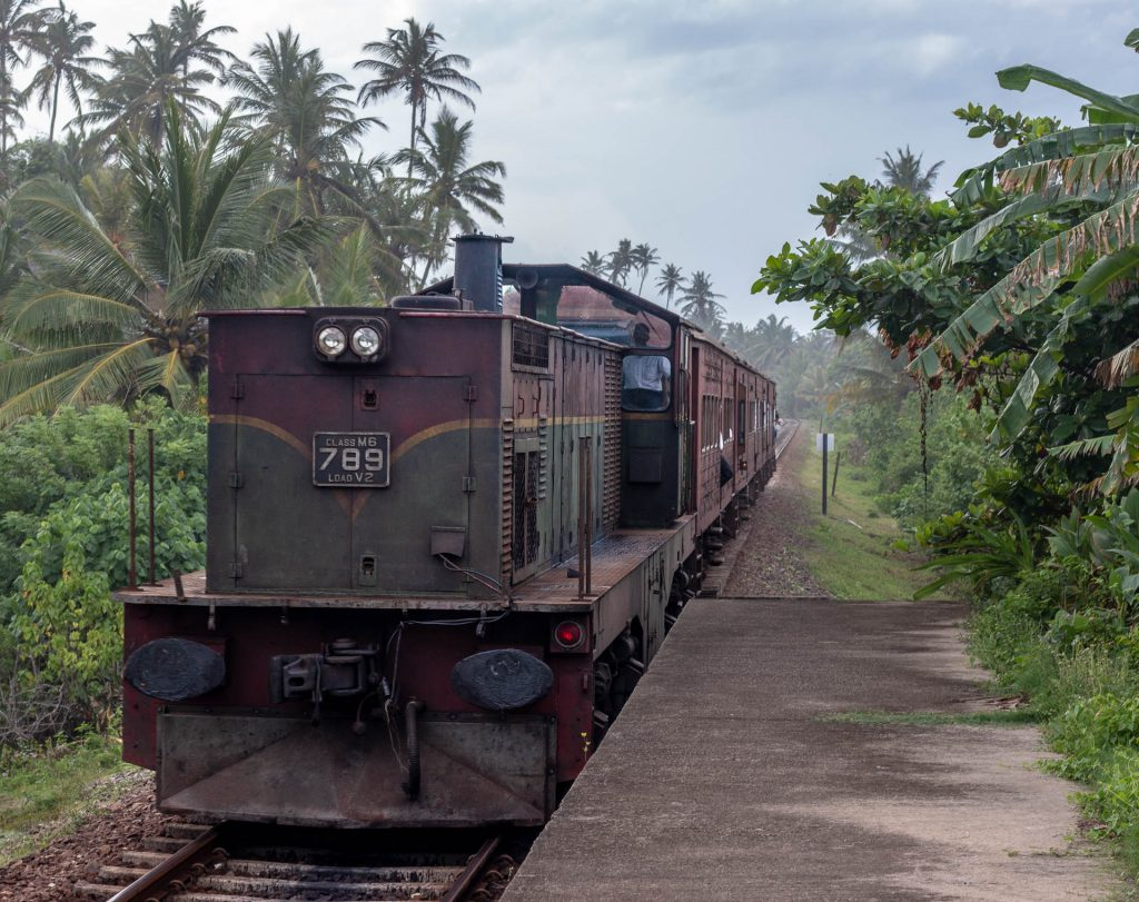 Train, Midigama, Sri Lanka